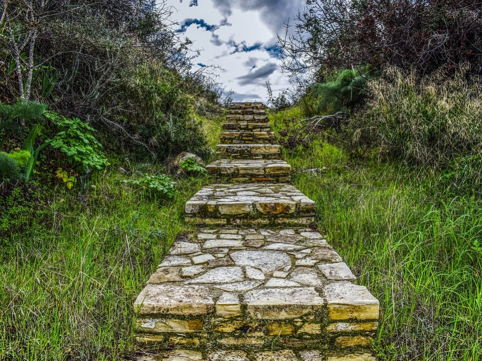 stairs-3096103_960_720