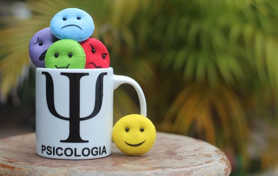 psychology-psychologist-guys-mug